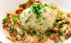 Eierschwammerlgulasch / Bild: (c) Getty Images/iStockphoto (Ina Peters) Mashed Potatoes, Food Porn, Food And Drink, Veggies, Pasta, Lunch, Vegan, Chicken, Baking