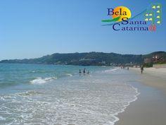 Delícia, hein?  Quem não gostaria de estar tomando esse banho de mar em Jurerê hoje?  www.belasantacatarina.com.br/jurere