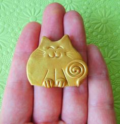 Polymer+Clay+Golden+Happy+Cat+Brooch+or+Magnet+by+Coloraudia,+$10.00