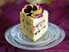 Triple Lemon Cake Schnitte