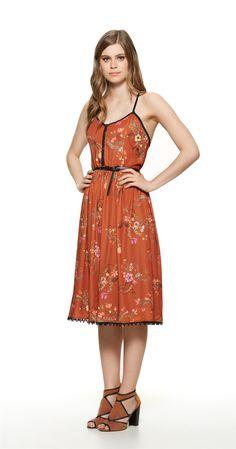Só na Antix Store você encontra Vestido Midi Pássaros de Flores com exclusividade na internet Types Of Fashion Styles, Modest Fashion, Vintage Fashion, Internet, Silhouette, Summer Dresses, Boho, Sewing, Vintage Bee