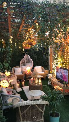 50 Stunning Backyard Patio Design Ideas Did you want make backyard looks awesome with patio? e can use the patio to relax with family other than in the family room. Here we present 40 cool Patio Backyard ideas for you. Hope you inspiring & enjoy it . Backyard Patio Designs, Small Backyard Landscaping, Backyard Ideas, Backyard Pools, Landscaping Ideas, Back Yard Patio Ideas, Small Patio Design, Sloped Backyard, Diy Patio