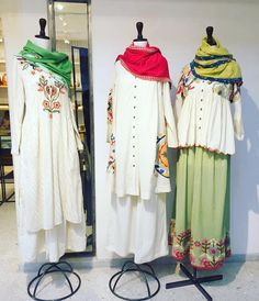 summery Ivory pieces with handwork have arrived at our Malcha Marg market store today. Also find them at our Khan Market…Colors & Crafts Boutique™ offers unique apparel and jewelry to women who value versatility, style and comfort. Pakistani Outfits, Indian Outfits, Eid Outfits, Indian Attire, Indian Wear, India Fashion, Boho Fashion, Latest Fashion, Simple Dresses