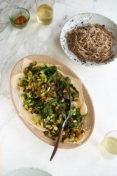 Curried Sheet Pan Broccoli with Peanuts and Tahini - 101 Cookbooks Indian Food Recipes, Whole Food Recipes, Vegan Recipes, Ethnic Recipes, Meatless Recipes, Vegetable Side Dishes, Vegetable Recipes, Tahini Recipe, Vegane Rezepte