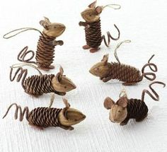 ▷ Ideen für Weihnachtsbasteln mit Kindern Christmas decorations made of pine cones Related posts:Decoration idea with LED lamps for the winter▷ ideas for Christmas crafts with childrenLittle things for Christmas, neighborhood gift,. Kids Crafts, Fall Crafts, Holiday Crafts, Arts And Crafts, Autumn Crafts For Kids, Diy Autumn, Summer Crafts, Pine Cone Art, Pine Cone Crafts