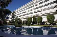 Great second line #beach #apartment in the luxurious building: Atrium offering 3 bedrooms and 3 bathrooms. Enjoying a fantastic location within close proximity of all amenities yet remaining a tranquil area to reside. Excellent opportunity! R2600885 www.standmarbella.com #realestate #realestateagent #property #apartment #realestatemarbella #sales #standinmobiliario #standmarbella #costadelsol #spain