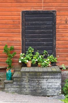 The postcard charm of Porvoo, located only an hour from Helsinki <3   #travelblog #travelblogger    #Porvoo #visitPorvoo #visitFinland #wanderlust #exploretheworld #travel #travelphotography