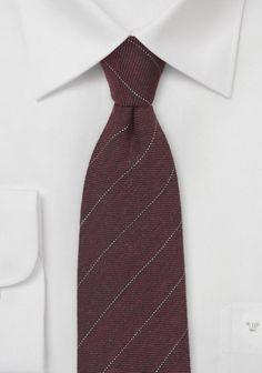 Krawatte feine Linien weinrot