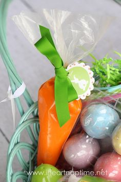 The kids are going to LOVE these play dough carrots! #easter # carrots