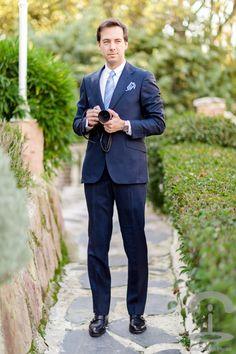 Menswear Crimenes de la ModaTraje: Scalpers Camisa: Scalpers Zapatos: Scalpers Corbata: Massimo Dutti Pañuelo: Massimo Dutti Reloj: Rolex