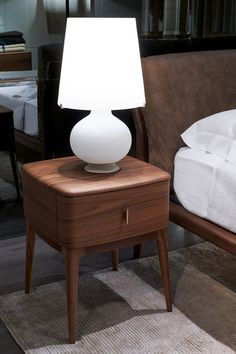 Nightstand Ideas - Get ideas for dressing up bedroom nightstands or building your own. bedside tables DIY creative and unique - March 10 2019 at Classic Furniture, Furniture Styles, Unique Furniture, Bedroom Furniture, Diy Furniture, Furniture Design, Furniture Buyers, Bedroom Table, Furniture Websites