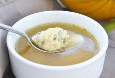 Die #Kürbiskernnockerl ist eine wunderbare Suppeneinlage. Dieses Rezept stammt aus der Steiermark.