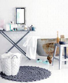 Virkattu kylpyhuoneen matto | Meillä kotona