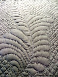 Feathers and grid quilting by Cindy Needham - July 2014