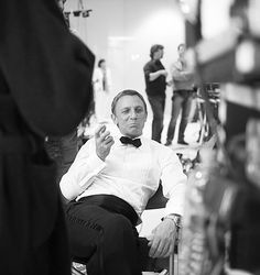Image shared by henry Meen. Find images and videos about black and white, James Bond and daniel craig on We Heart It - the app to get lost in what you love. James Bond, James D'arcy, Craig James, Craig Bond, Craig 007, Rachel Weisz, Casino Royale, Daniel Craig, Woody Allen