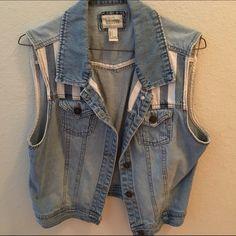 Forever 21 Denim Vest. Forever 21 Denim Vest. Used probably five times. Great condition! Size is large. No stains or etc. Make me an offer! Forever 21 Jackets & Coats Vests