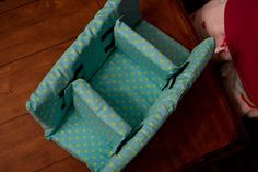 DIY Camera case with better tutorial than the other camera case tutorial that's floating around Pinterest-land.
