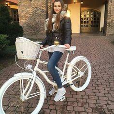 Bicicleta beach cruiser personalizada - una idea para un perfecto regalo. Solo en nuestra tienda #favoritebike 💖🎁 WWW.FAVORITEBIKE.COM #buenosdias #beachcrusier #bike #bicycle #bikelovers #bicicleta #bicicletavintage #bici #regalo #longhair #winter #deporte #healthylife #fit #loveit #mywork #passion #plumbike #newbalance #moda #streetstyle #bikeporn #tienda #shopping #mytime #salud #cumpleaños #white @pyska_ #frio