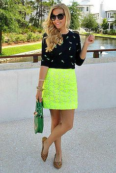 Neon yellow skirt = fabulous! maxxinista approved!