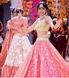 Then you've got to check out Abhinav Mishra's Mirror Work Lehengas from his 2019 spring summer collection. Mirror Work Lehenga, Mirror Work Blouse, Floral Lehenga, Bridal Lehenga, Mehendi Outfits, Indian Outfits, Indian Dresses, Vintage High Tea, Big Fat Indian Wedding