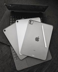 Logitech, Minimalist Desktop Wallpaper, Iron Man Wallpaper, Apple Service, Electronic Devices, Apple Products, Ipad Air, Marketing Digital, Smartphone