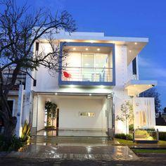Inspiración para el diseño de casas. Encuentra fotos de departamentos y casas modernas que te servirán para crear el hogar de tus sueños.