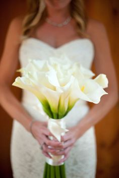 White Calla Lily Bouquet. This is it!! My fav flowers!!! =)