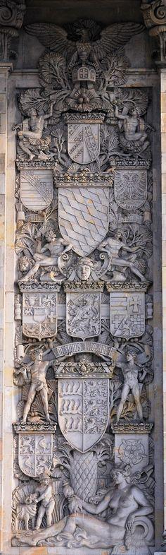 Berlin, Reichstag - Wappen der Länder des Kaiserreichs; right Relief
