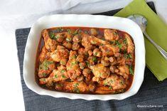 Tocana de pui cu ciuperci reteta rapida Romanian Food, Romanian Recipes, Turkey Recipes, Chana Masala, Chicken, Cooking, Ethnic Recipes, Kitchens, Kitchen
