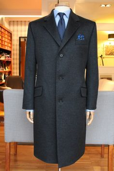https://www.facebook.com/media/set/?set=a.10152133221689844.1073742067.94355784843&type=1  #overcoat #dormeuil #madetomeasure #mtm #buczynskitailoring