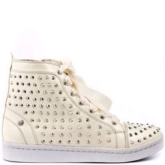 Spice up your sporty outfit with a bunch of studs