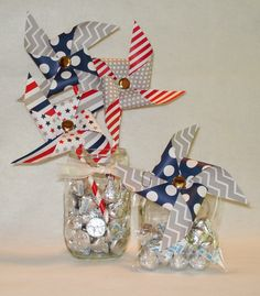 Just wanted to share a quick idea for a vase of pinwheels and Hershey Kisses. What's not to love about edible décor. The pinwheels are from ...