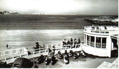 Playa de Santa Cristina en Oleiros, en 1955. (A Coruña)