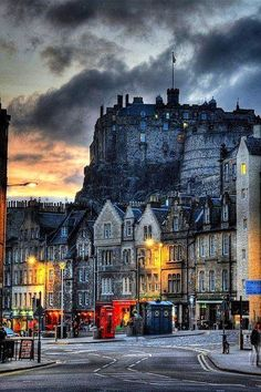 Dusk in Edinburgh, Scotland.