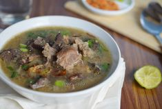 Diah Didi's Kitchen: Terbuai Citarasa Otentik Coto Makassar
