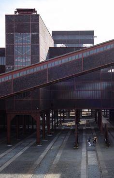 Zollverein. Best industrial heritage sites are in Germany, Ruhr. #Travel #Germany #Ruhr #NRW #Zollverein #Dusiburg #Essen #Engineering #Industrial #heritage #unesco