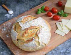 Класически домашен хляб - Mish-Mash Bulgarian Bread Recipe, Bulgarian Recipes, Bulgarian Food, Bunny Bread, Bread Recipes, Cooking Recipes, Mish Mash, Kids Meals, Camembert Cheese