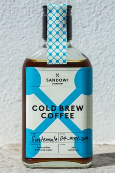COLD BREW COFFEE CRAFTED IN LONDON Making coffee that little bit different, opening up a new market, a point of difference makes a huge difference. Brewed & Designed by Sandows London. Cool Packaging, Beverage Packaging, Coffee Packaging, Bottle Packaging, Brand Packaging, Design Café, Label Design, How To Make Coffee, Making Coffee