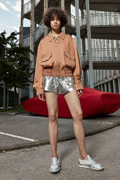 Off-White Resort 2017 Fashion Show