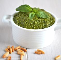 Would you like to bet? Ok, so I'm betting that if you try to make your homemade basil pesto, you will never be able to eat the store-bough kind again. Never again, I'm telling you.