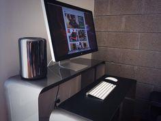Mac Pro, heckler desk
