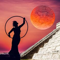 Moon Phases: How to Use the Lunar Cycle to Stay Well and on Track - HolisticTreats London Natural Therapies Witchy Garden, The Pleiades, Experiential Learning, Mexica, Moon Magic, Lucid Dreaming, Spiritual Practices, Moon Phases, Archetypes