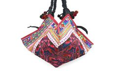 This amazing Shoulder Bag showcases a gorgeous pattern with birds embroidered by the HMONG hill tribes of Lanna Country (Northern Thailand). It