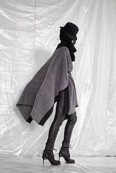 A.F. Vandevorst Fall 2015 Ready-to-Wear Fashion Show