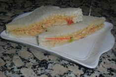 Recopilatorio de recetas thermomix: Sándwiches vegetales con atún en thermomix Sandwiches, Canapes, Brie, Picnic, Tacos, Favorite Recipes, Ethnic Recipes, Desserts, Food
