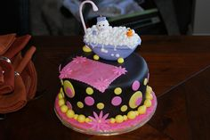 Baby and rubber ducky in the tub (Ann's baby shower cake)
