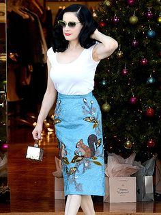 Star Tracks: Wednesday, December 24, 2014 | SKIRT THE ISSUE | Are those squirrels Santa's helpers? Dita Von Teese does a pre-Christmas pop-in at L.A.'s Vivienne Westwood on Tuesday.