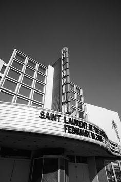 「サンローラン(SAINT LAURENT)」が、2016年秋冬メンズコレクションのショーをロサンゼルスで2月10日に開催する。ウィメンズの2016年プレコレクションも同ショーで発表。2016年秋冬ウィメンズコレクションは、これまで通り3月にパリで披露される予定だ。