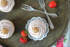 Giotto Cupcakes mit Erdbeertopping | orangenmond.at