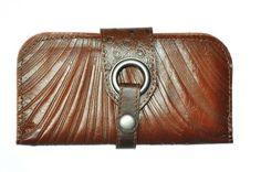 Portefeuille brun de @Cokluch - Disponible chez Belle et Rebelle et à http://boutique.belleetrebelle.ca/
